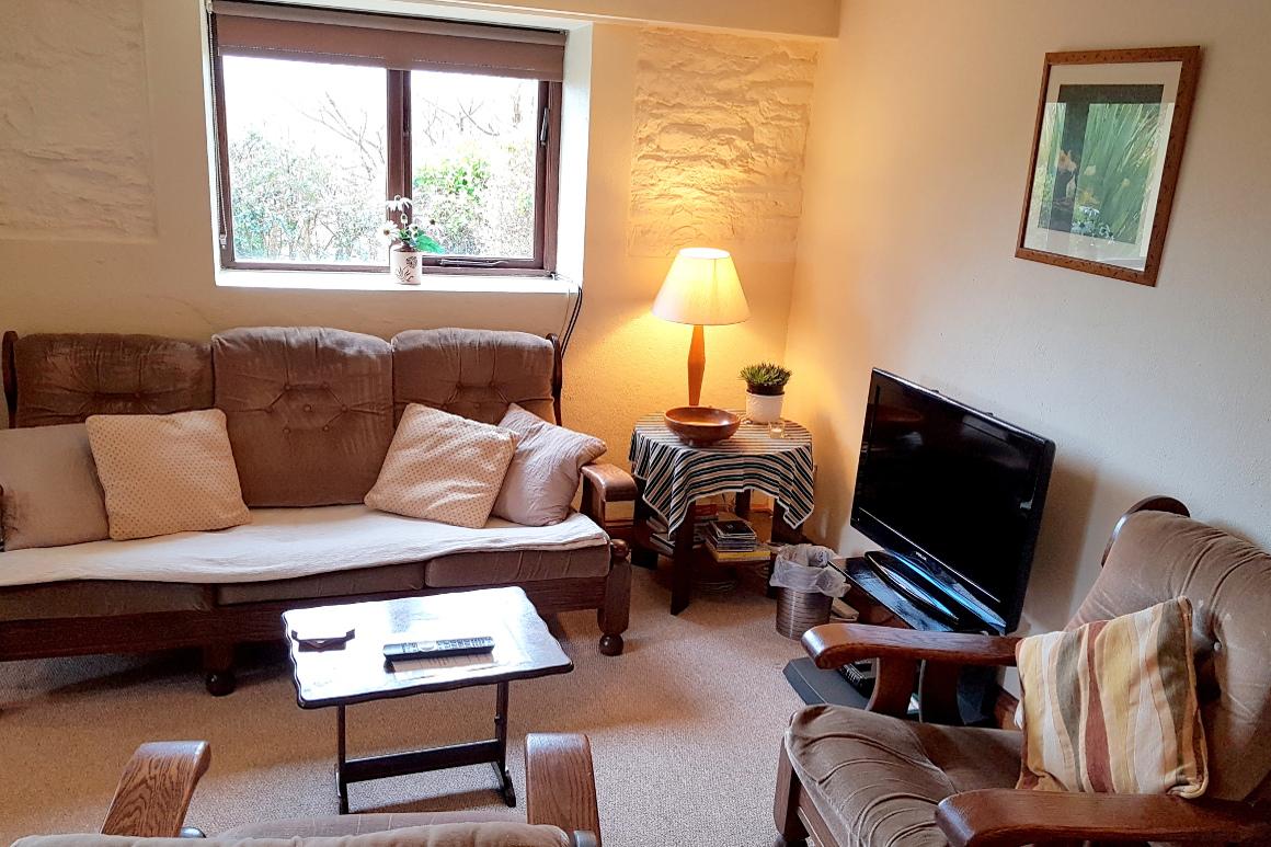 Granary Lounge Warren Farm Guest Cottages