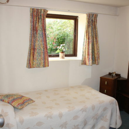 Granary Bedroom Warren Farm Cottages